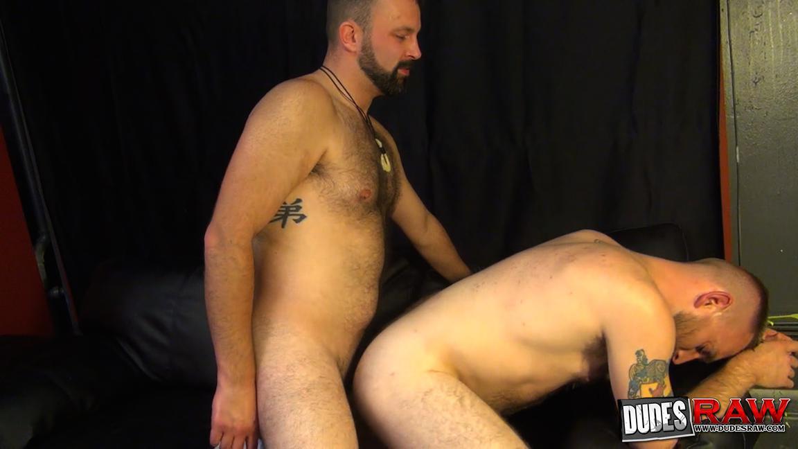 Dudes-Raw-Kodah-Filmore-and-James-Roscoe-Barebacking-A-Hairy-Ass-Piggy-Sex-Amateur-Gay-Porn-13 Pure Pigs:  Kodah Filmore Breeding James Roscoe