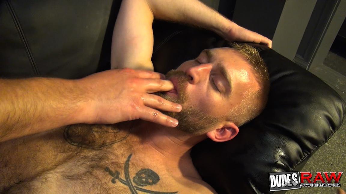 Dudes-Raw-Kodah-Filmore-and-James-Roscoe-Barebacking-A-Hairy-Ass-Piggy-Sex-Amateur-Gay-Porn-19 Pure Pigs:  Kodah Filmore Breeding James Roscoe