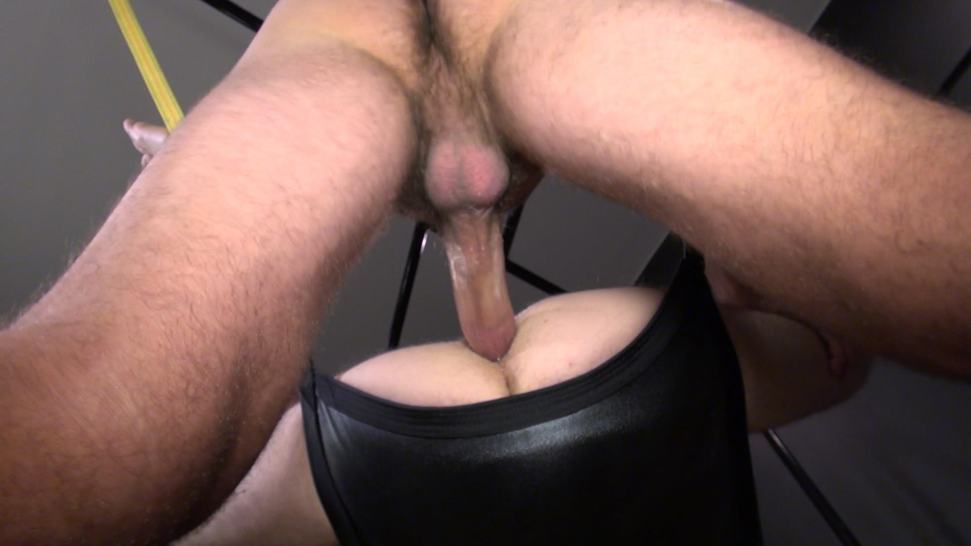 Raw-and-Rough-Blake-Dawson-and-Super-Steve-Horse-Cock-Bareback-Breeding-Amateur-Gay-Porn-06 Huge Cock Bareback Breeding A Tight Hole In A Sex Sling