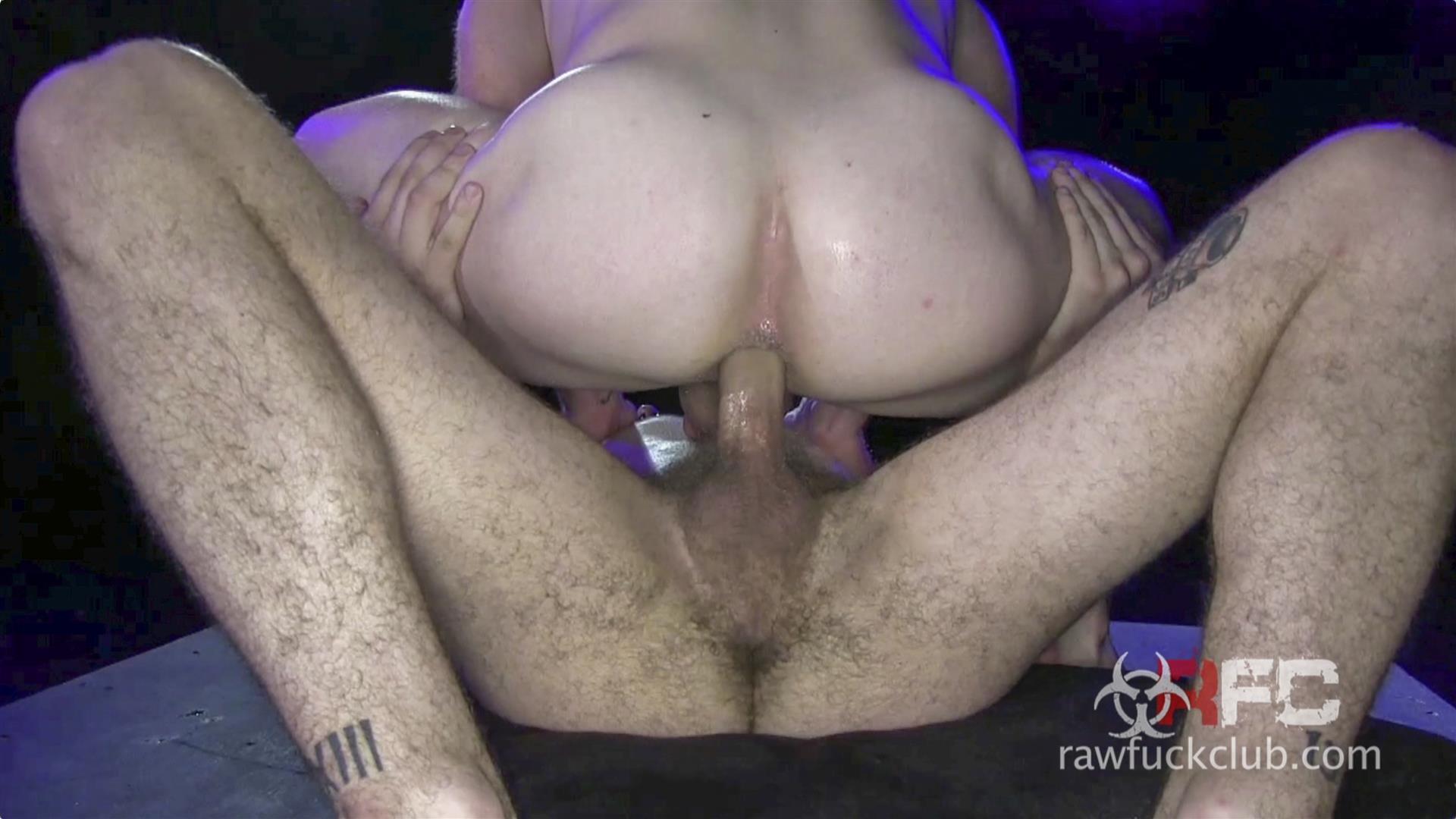 Raw-Fuck-Club-Saxon-West-and-Luke-Harding-Big-Dick-Bareback-Sex-Amateur-Gay-Porn-4 Luke Harding Breeding Saxon West's Muscular Ass