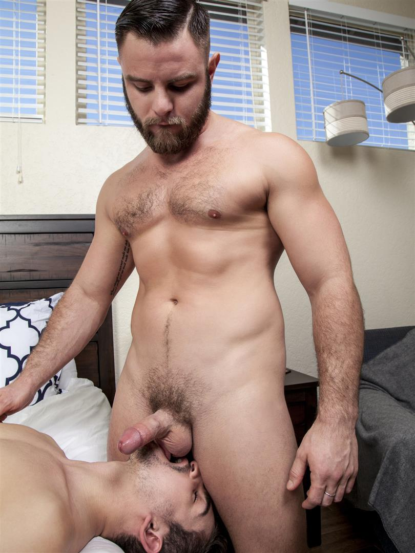 Randy-Blue-Nick-Sterling-and-Lukas-Valentine-Beefy-Cub-Bareback-Sex-Amateur-Gay-Porn-26 Beefy Nick Sterling Barebacks Lukas Valentine With His Thick Cock