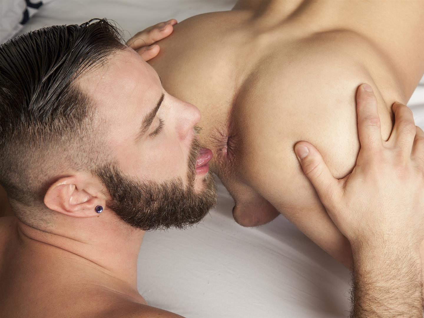 Randy-Blue-Nick-Sterling-and-Lukas-Valentine-Beefy-Cub-Bareback-Sex-Amateur-Gay-Porn-37 Beefy Nick Sterling Barebacks Lukas Valentine With His Thick Cock