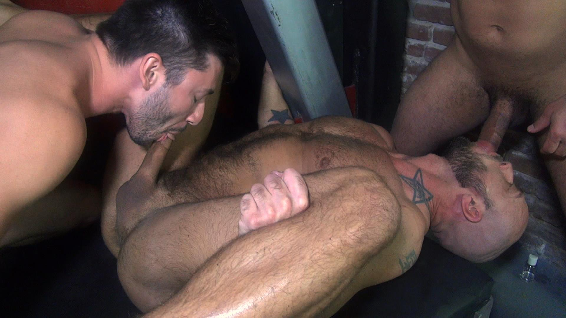 Raw-Fuck-Club-Dylan-Strokes-and-Scott-DeMarco-and-Jack-Andy-and-Jessie-Colter-and-Teddy-Bryce-Bareback-Sex-Video-02 Jessie Colter's First Bareback Gangbang At A Sleazy Bathhouse